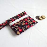 navy berry quilted zipped coin purse with D ring attached