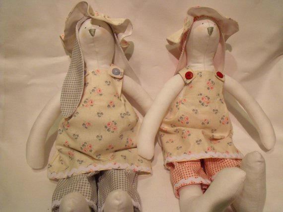 Artist & Ooak Dolls Tilda Display Doll
