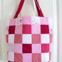pink patchwork checked quilted shoulder bag