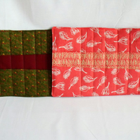 quilted crochet hook storage tool roll, burgundy and green
