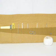 quilted crochet hook storage roll, beige