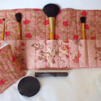 Moda dark pink make up gift set, toiletry bag and make up brush holder