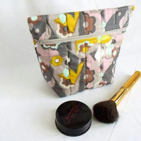 grey and yellow zipped make up pouch, pencil case or crochet hook case