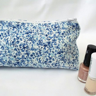 blue floral zipped make up pouch, pencil case or crochet hook holder