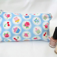 blue cup cake zipped make up pouch, pencil case or crochet hook holder