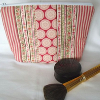 Tilda pink and red zipped make up pouch, pencil case or crochet hook case