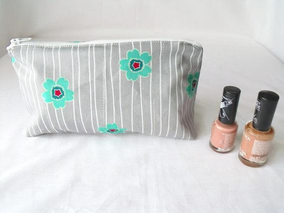 grey zipped make up pouch, pencil case or crochet hook holder