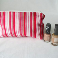 red striped zipped make up pouch, pencil case or crochet hook holder
