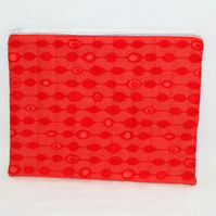 red zipped make up pouch, pencil case or crochet hook case