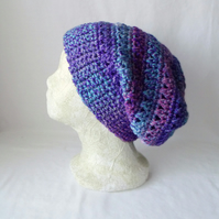lilac crocheted slouchie beanie hat with criss cross stitches
