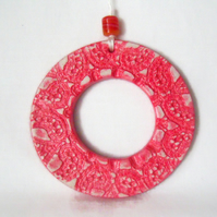 ceramic lace wreath hanging decoration in red