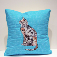 Applique cat cushion