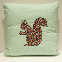 Applique squirrel cushion