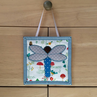 Mini wall hanging (dragonfly)