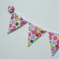 REDUCED Magnetic fridge bunting (flowers)