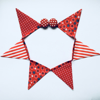 Fridge bunting (red)