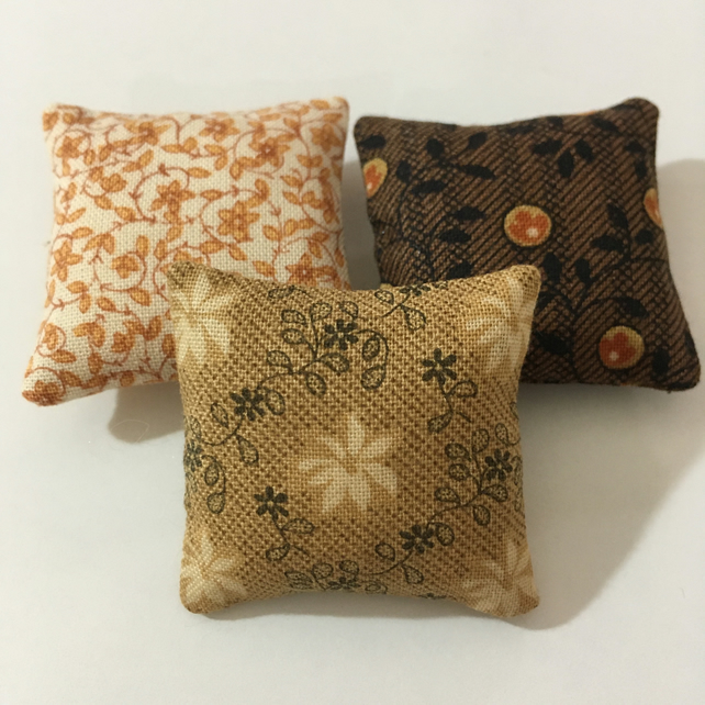 Miniature doll's house cushions (x3)