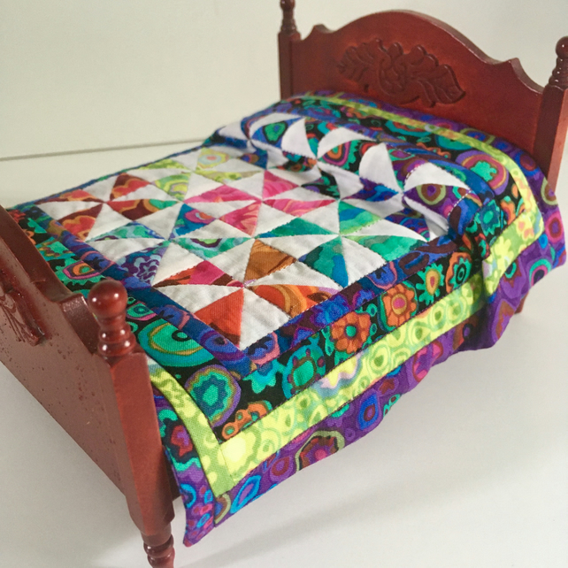 Miniature patchwork 1:12 double quilt