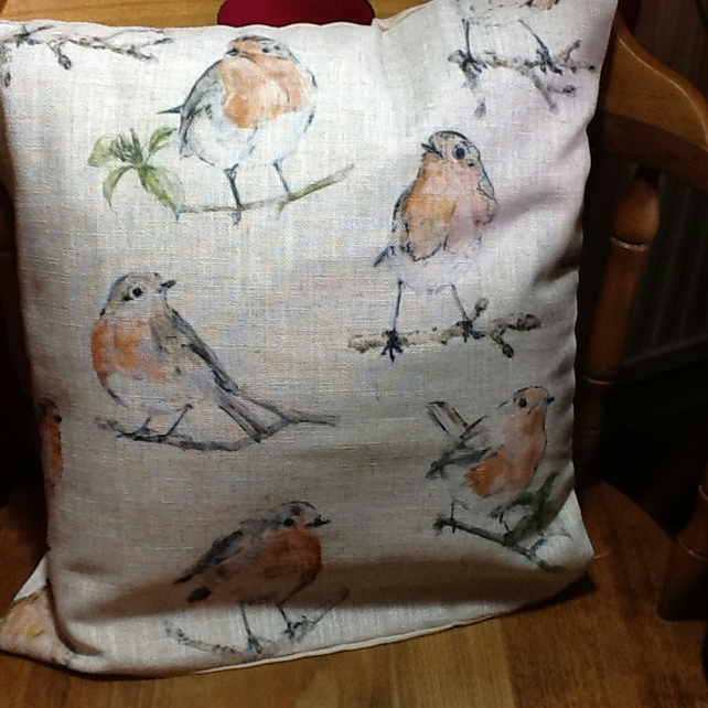 "Lovely Robin Cushion 16"" x16"" app"