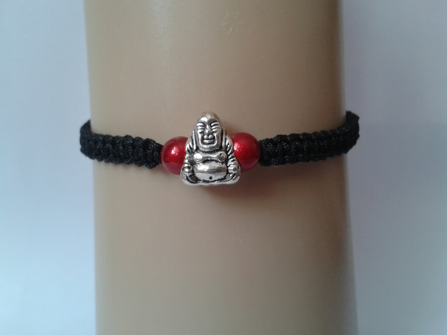 Buddha bracelet with red beads