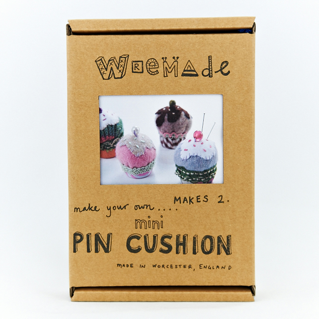 Mini Cake Pin Cushion Craft Pack