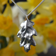 Oak leaf pendant necklace with sterling silver chain