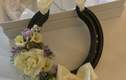 Decorated wedding horseshoes