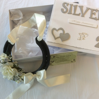 Real decorated 25th silver wedding anniversary horseshoe in a box and card set.