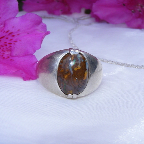 Men's Ring in Sterling Silver featuring a Superb Korite Matrix Boulder Opal