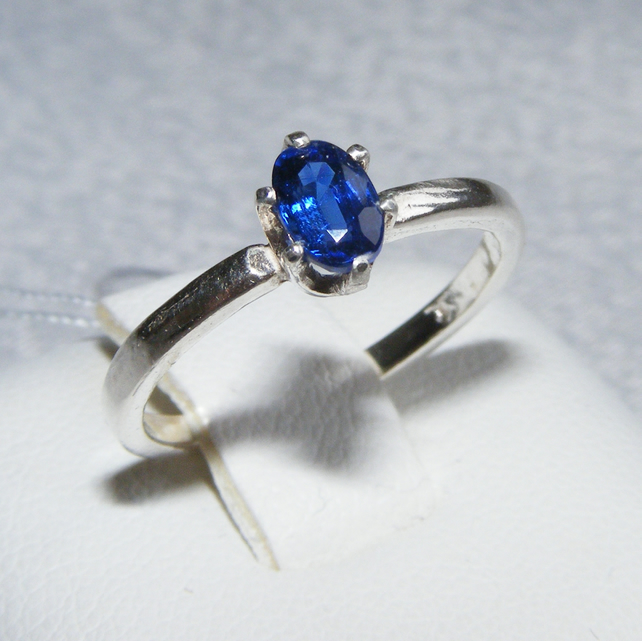 Ring in Sterling Silver featuring a super Royal Blue Nepalese Kyanite gemstone