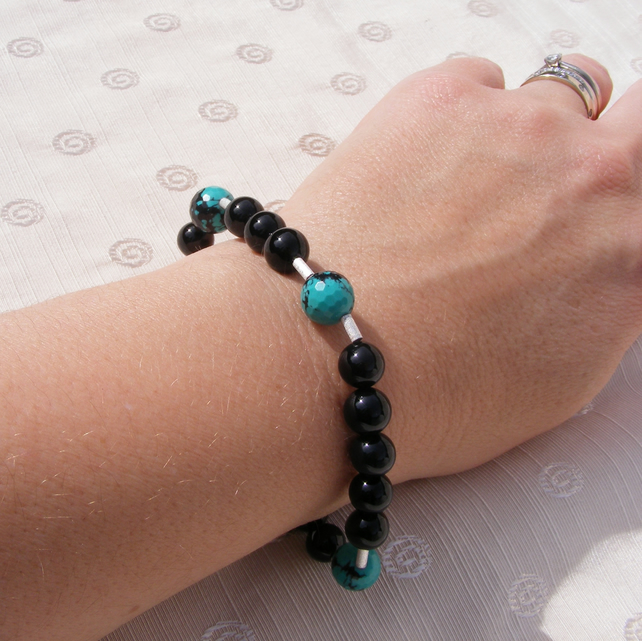 Stretch Bracelet 925 Sterling Silver with Spider Web Turquoise and Black Onyx