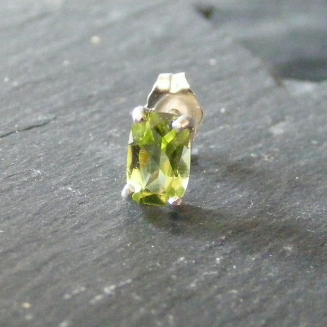 Sterling Silver & Peridot Single Stud Earring - Mens Earring