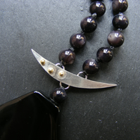 Necklace in Black Agate & Mother of Pearl Sterling Silver & 18ct Gold-Hall Mark