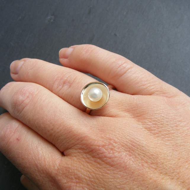 Ring in 9ct Yellow Gold with Cultured Fresh Water Pearl Hall Marked Hand Forged