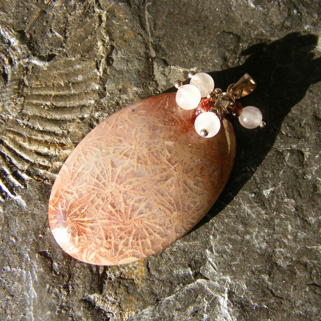 Pendant 925 Silver with Pretty Fossil Coral Rose Quartz and Garnet Charms