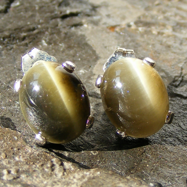 Stud Earrings in Sterling Silver with Sage Green Chrysoberyl Gemstones