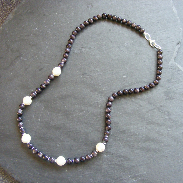 Necklace in Sterling Silver with Black Mother of Pearl and Fresh Water Pearls