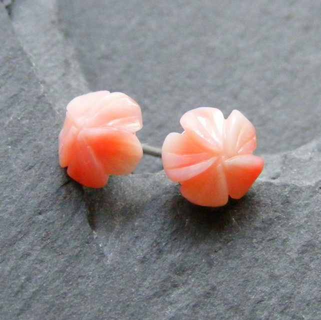 Stud Earrings in Sterling Silver with Hand Carved Vintage Coral Gemstone Flowers