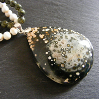 Necklace with Ocean Jasper, Agate and White Howlite - Sterling Silver Clasp