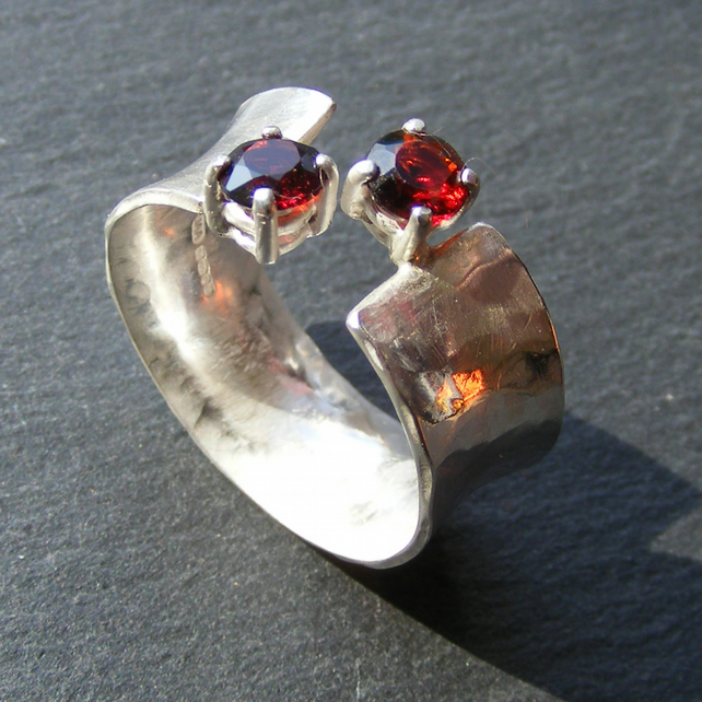 Sterling Silver Anticlastic Ring with Garnets  - UK Size O & Half