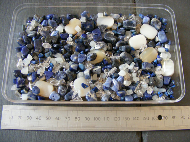 Gemstone Mix with Sodalite, Agate, Quartz, Lapis Lazuli & More Nuggets and Chips