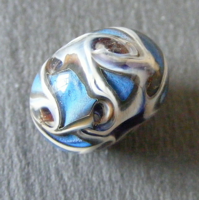 Artisan Made Glass Lamp Work Bead For Jewellery Making
