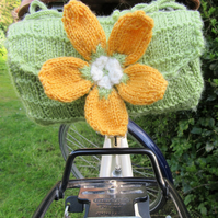 Knitted ladies floral saddle bag - leaf green