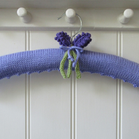 Knitted lavender padded coat hanger