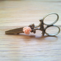 Bronze Scissor Brooch, Peach Rose, Gifts for Hairdressers, Quirky Gift
