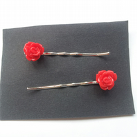 Red Rose Bobby Grips, Pins (Roses Approx 10mm)