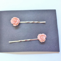 Peach Rose Bobby Grips, Pins (Roses Approx 10mm)