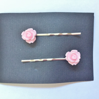 Pink Rose Bobby Grips, Pins (Roses Approx 10mm)