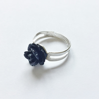 Beautiful Black Resin Rose Ring, Adjustable, Approx 10mm.
