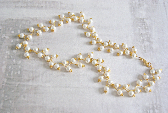 Delicate Ivory Pearl Necklace